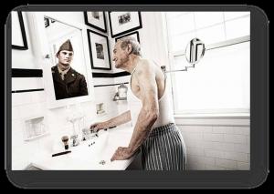 person im spiegel 2