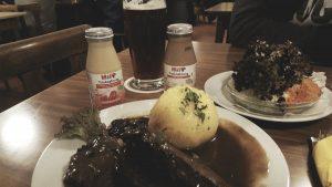 Trinknahrung von Hipp mit Sauerbraten.